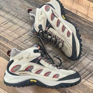 Merrell Radius Waterproof boots Wm 9